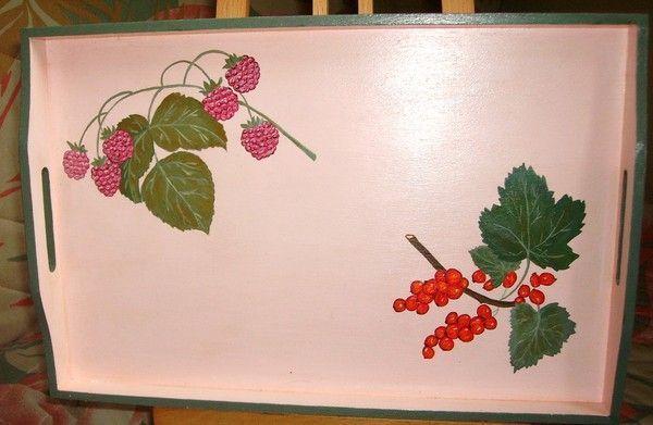 PLATEAU EN BOIS FRAMBOISES ET GROSEI # Vernis Peinture Acrylique Bois
